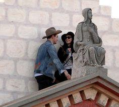Katy Perry and John Mayer visit Santa Barbara on November 12, 2012.