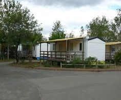 Older mobile homes can be updated and decorated in many ways.