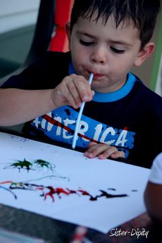 """Sister-Dipity: 4th of July Fireworks art project using food coloring and straws to """"paint"""" fireworks! 4th of July"""