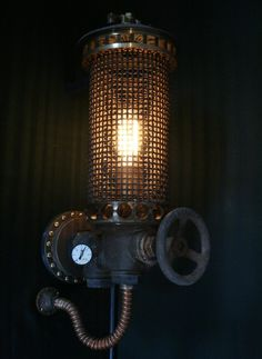 Artist uses scrap to create amazing lamps with an old-world feel « Randommization