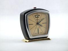 Vintage alarm clock 70s design made in Russia by ArtmaVintage