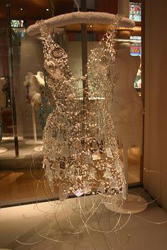 Amazing glass and wire dress by Diana Dias-Leao