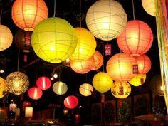 Paper lanterns always make me feel cosy :)