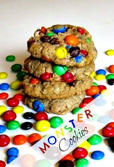 Monster Cookies | cookingwithk.net #monstercookies