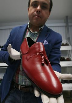 The Pope Emeritus' New Shoes And The Mexican Man Who Makes Them