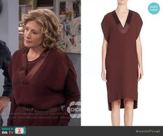Vanessa's burgundy v-neck dress on Last Man Standing.  Outfit Details: https://wornontv.net/55939/ #LastManStanding