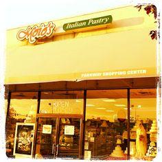 Moio's Italian Pastry Shop | Monroeville, Pittsburgh PA....yummmmm
