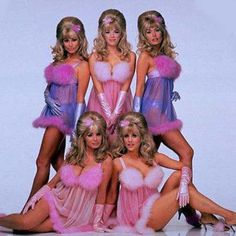 Make your own homemande Fembot costume from Austin Powers. This is a sexy halloween costume or fancy dress costume ideal as a group costume Barbie Halloween Costume, Halloween Costumes For Girls, Halloween 2020, Group Costumes, Movie Costumes, Austin Powers Costume, Chunky Girls, Blonde Women, Playing Dress Up
