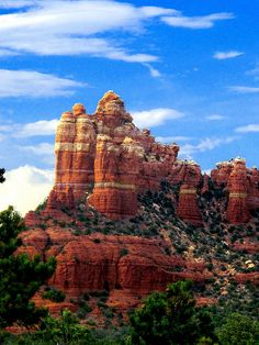 Sedona, Arizona. Been here many times!!!! Beautiful!!!! It's a must do, if you go to Arizona!!!