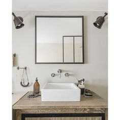 Salle de bain avec un style naturel , bathroom