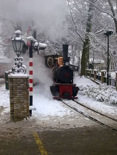 The steam train riding it's round in the Efteling during a wintery day Steam Train Rides, Beside Still Waters, Planet Coaster, Scenery Photography, Cool Themes, Winter Time, Beautiful Christmas, Netherlands, Disneyland