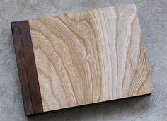 Wood photo album. Wood panel available at Finao Albums. Rustic Wedding | Outdoor Wedding | Woodsy Wedding