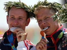 Stefan Henze, the German Olympic canoe slalom coachwho died after a car crash in Rio, has saved the lives of four people by being an organ donor. Henze was involved in crash near the Olympic park in the Brazilian city last Friday. He was taken to hospital with head injuries and underwent emergency brain surgery but died on Monday as a result of the injuries.