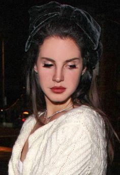 Image about grunge in Lana Del Rey by Rachel on We Heart It Elizabeth Woolridge Grant, Elizabeth Grant, Queen Elizabeth, Born To Die, Brooklyn Baby, Lust For Life, Ldr, Her Music, Beauty Queens