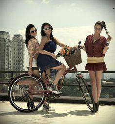 Caloi cria lookbook virtual com blogueiras para apresentar o estilo Cycle Chic da bike Konstanz