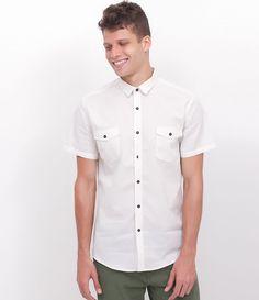 f0e6a31ad1a Camisa com Bolsos em Tricoline - Lojas Renner. Camisa Masculina Manga CurtaTabela  ...