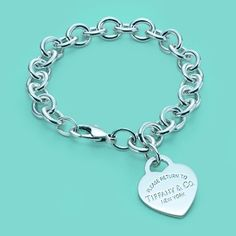 Return to Tiffany™ heart tag charm bracelet in sterling silver. (I remember every girl at the Mount had this bracelet. Yes I still want one)