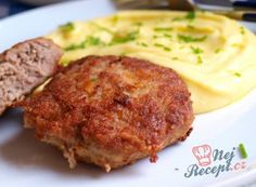 Czech Recipes, Ethnic Recipes, Food 52, Main Meals, Salmon Burgers, Steak, Paleo, Pork, Food And Drink