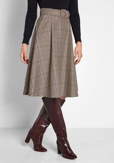 Perfect Timing Belted Midi Skirt in S - A-line Skirt by ModCloth Best Picture For Skirt casual For Your Taste You are looking for something, and it is going to tell you exactly what you are looking fo A Line Skirt Outfits, A Line Skirts, Fall Skirts, Plaid Skirts, Women's Skirts, Long Plaid Skirt, Mini Skirts, Fall Outfits, Cute Outfits