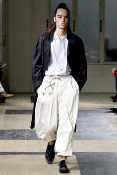 See the complete Yohji Yamamoto Spring 2012 Menswear collection.