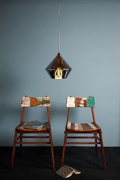 these chairs would do quite nicely around my dinner table... if I only had a proper dinner table.