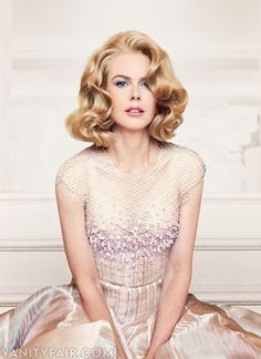 Nicole Kidman - Photograph by Patrick Demarchelier. She looks beautiful here. Love the hair style and color Patrick Demarchelier, Actrices Hollywood, Grace Kelly, Mannequins, Vanity Fair, Beautiful Actresses, Look Fashion, Fashion Decor, Womens Fashion