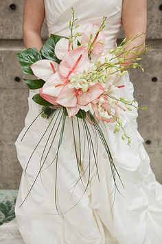 Anthuriums wedding flowers http://weddingflowersideas.blogspot.com/2014/05/anthuriums-wedding-flowers.html