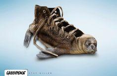 Este anuncio me parece un buen ejemplo de metáfora, es un anuncio que  transmite un mensaje a través de una metáfora. El anuncio lo que quiere decir es que paremos de matar focas  solo con el fin de hacer unos zapatos con su piel.