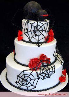 Tarta con araña negra y telarañas #cumpleanos #feliz_cumpleanos #felicidades #happy_birthday #tarta_cumpleanos #pastel_cumpleanos #birthday_cake