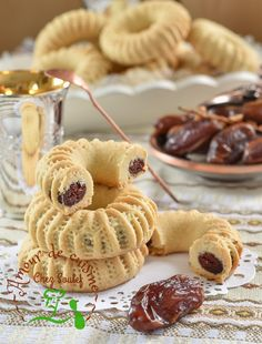 Easter Cookie Recipes, Easter Cookies, Sweet Recipes, Cake Recipes, Dessert Recipes, Fruit Buffet, Middle Eastern Desserts, Cream Puff Recipe, Algerian Recipes