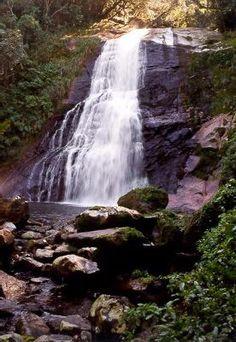 Salto da Fortuna (50m) é um santuário protegido pelo Parque Estadual do Pau Oco e pertence à APA da Serra do Mar. Calango Expedições   Salto da Fortuna Waterfall, Outdoor, Waterfalls, Chop Saw, Nature, Park, Adventure, Outdoors, Outdoor Games