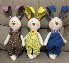 Doll Clothes Patterns, Doll Patterns, Baby Shoes Tutorial, Handmade Soft Toys, Cat Pillow, Sewing Toys, Softies, Easter Crafts, Pet Toys