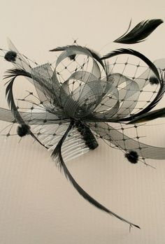 wholesale fascinators at Inca. I love the idea of hair combs Black Is Beautiful, Gorgeous Hair, Hat Hairstyles, Wedding Hairstyles, Race Wear, Fashion Accessories, Hair Accessories, Cocktail Hat, Prom Girl