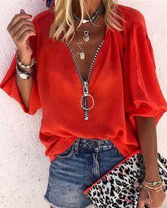Top casual con diseño de cremallera y manga de linterna Online. Discover hottest trend fashion at chicme.com Red Blouses, Shirt Blouses, Blouses For Women, Henley Shirts, Cotton Blouses, Half Sleeves, Shirt Sleeves, Types Of Sleeves, Trend Fashion