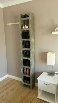 DIY shoe rack made out of concrete blocks Hallway Inspiration, Interior Inspiration, Cinder Block Furniture, Diy Shoe Rack, Teenage Room, Night Table, Studio Interior, Concrete Design, Deco Design