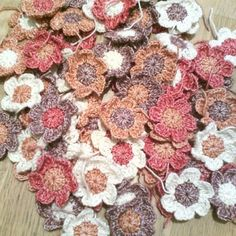 100+ #Crochet Flowers to Inspire Your Crafting and Imagination!
