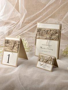 Benutzerdefinierte auflisten (10) rustikale Hochzeit Set, Holz-Hochzeit-Programme, Tabellennummer recycelt, rustikale Escort-Card, Birke Place Card von forlovepolkadots auf Etsy https://www.etsy.com/de/listing/211538915/benutzerdefinierte-auflisten-10