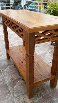 Imagem Foyer Furniture, Furniture Making, Cool Furniture, Furniture Design, Carpentry And Joinery, Build A Farmhouse Table, Modern Outdoor Chairs, Woodworking Inspiration, Wood Table