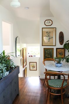 I love entering a home via a stairwell. Having a foyer introduce a staircase creates an elemental curiosity... When one climbs the stairs, one enters a distinctly separate space; its a revelation, a disclosure... Still, the stairs hold the dual spaces together.