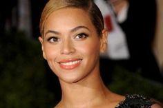 Beyonce kanserli çocukla düet yaptı