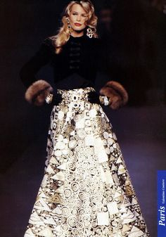 Claudia Schiffer, Lace Skirt, Sequin Skirt, Valentino Couture, German Girls, Collar And Cuff, 1990s, Supermodels, Catwalk