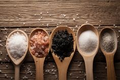 salt types in different spoons