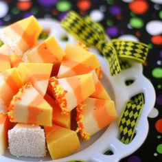 White Chocolate Candy Corn Fudge - Holiday Cottage