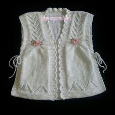 Yelek Knit Vest, Baby Cardigan, Knit Or Crochet, Crochet Hooded Scarf, Crochet Baby, Knitting Designs, Knitting Patterns Free, Knitting For Kids, Baby Knitting