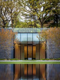 Lakewood Cemetery's Garden Mausoleum. HGA Architects.