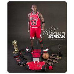 NBA Michael Jordan Bulls Jersey 1:4 Real Masterpiece Figure