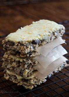 Raw Cinnamon Orange Energy Bars with White Cacao and Orange Frosting —Raw Food Rawmazing Raw Food