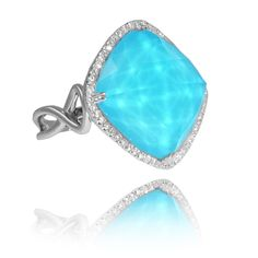 Are you as obsessed with this ring as we are? Doves Jewelry at London Jewelers. Come and get it!