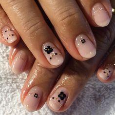 #nails #neiru #nailart #nailswag #nailstagram #houston #handpaint #houstonnails #houstonsalon #akyish #accentfinger #westchase #westheimer #kawaii #cawaii #japan #japanese #japanesenailsalon #gelnail #glitter #biosculpture #ネイル#ネイルアート#美甲