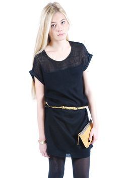love this short sleeved kimono dress and it's simple lines. so versatile, day or night.